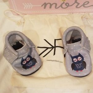 Shoes for baby good condition size 2,